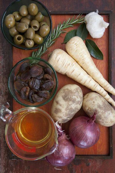 Рецепт баранины с черносливом в мультиварке - вкусный праздничный рецепт