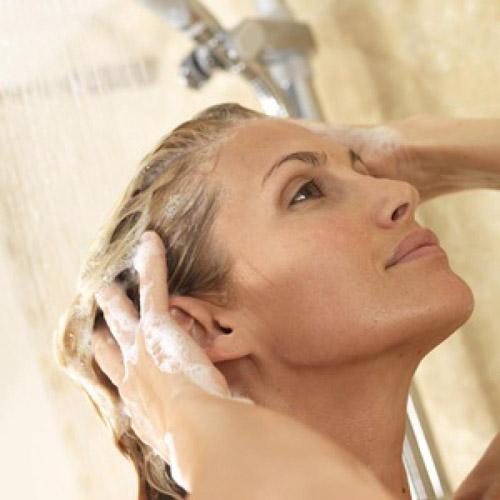 Шампунь для кожи головы: о чем нужно позаботиться еще?