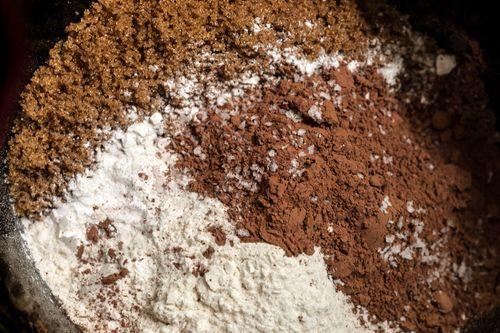 Шоколадный кекс в мультиварке - быстрый рецепт с фото