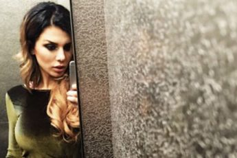 Певица Анна Седокова переквалифицировалась в дизайнера одежды