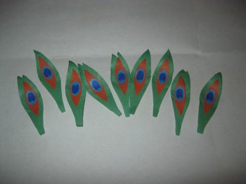Сказочный павлин из цветной бумаги