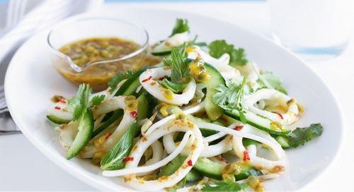 salat-s-avokado-i-kalmarami-2.jpg