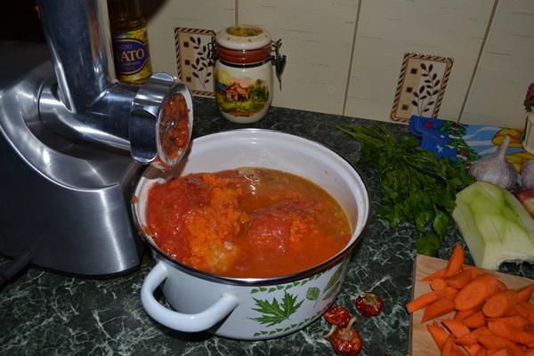 Аджика из кабачков на зиму: пошаговые рецепты заготовки с фото