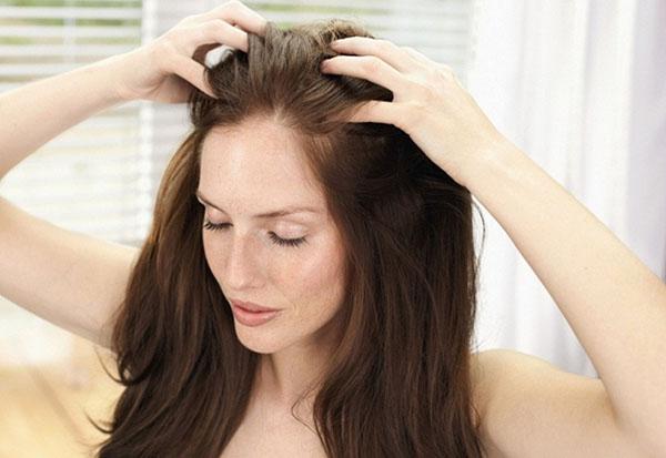Секрет густых и крепких волос: 5 рутинных правил