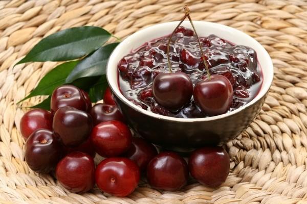 Вишня на зиму — рецепты — варенье с косточками и без косточек, Пятиминутки, джем, желе без желатина, вишневый компот