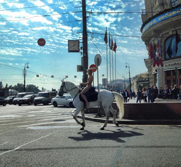 Александра Бортич: хулиганка, рокерша и просто красавица