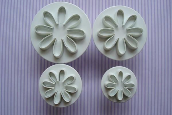 Формочки для мастики своими руками: изготовление украшений из мастики