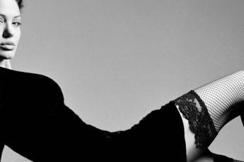 Женские ножки в чулках – 2016: фотообзор