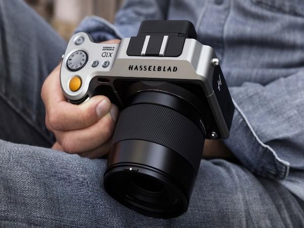 Первый среди лучших: компактная фотокамера Hasselblad X1D