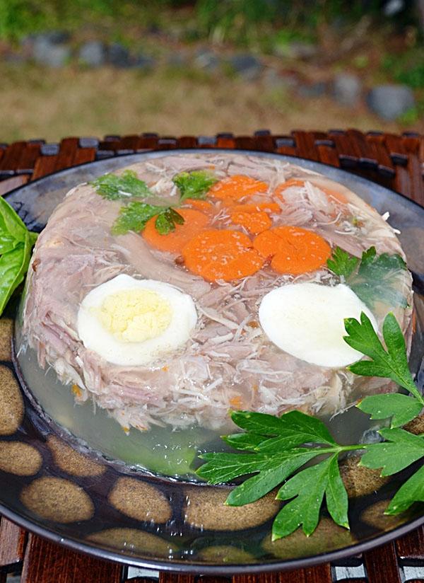 Рецепты холодца с фото пошагово – из свинины, рульки, говядины, куриных ножек, с желатином
