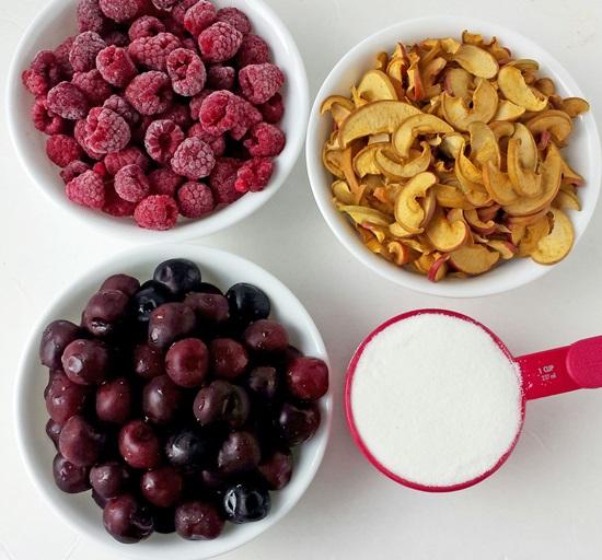 Ароматный компот из вишни в кастрюле и мультиварке - рецепт