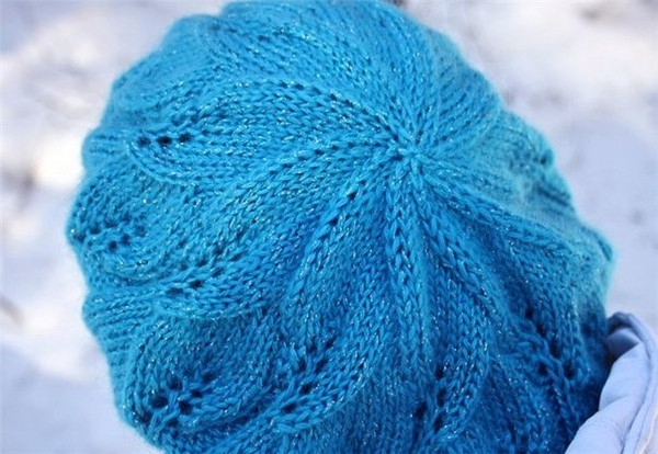 Летние беретки крючком: вязание по схемам для начинающих