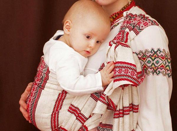 Материнские обереги для ребенка: Как защитить малыша от плохого глаза