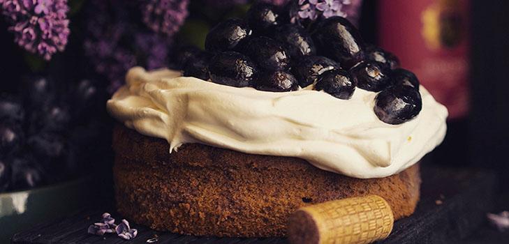 Необычный рецепт весеннего винного пирога