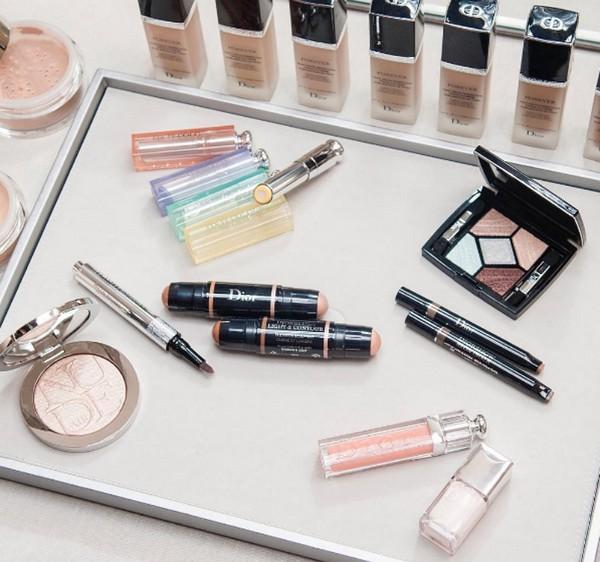 Французский шик: осенняя коллекция макияжа Dior Skyline
