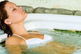 Управляем здоровьем: правильная вода и домашнее СПА