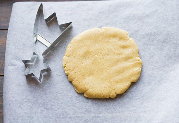 Легкий рецепт новогоднего печенья с пряностями