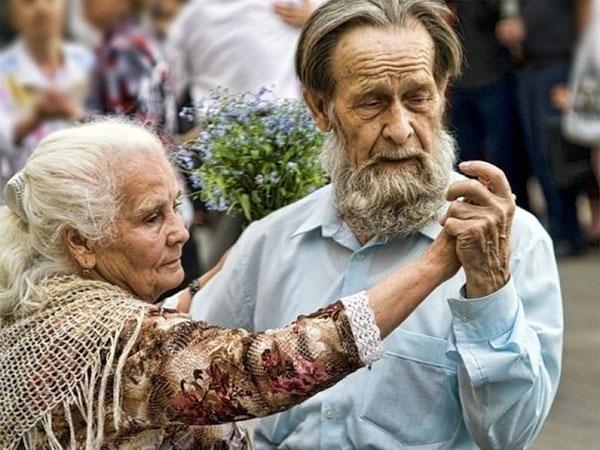 Сколько лет живут разные знаки Зодиака: кто долгожитель, а кто умрет молодым
