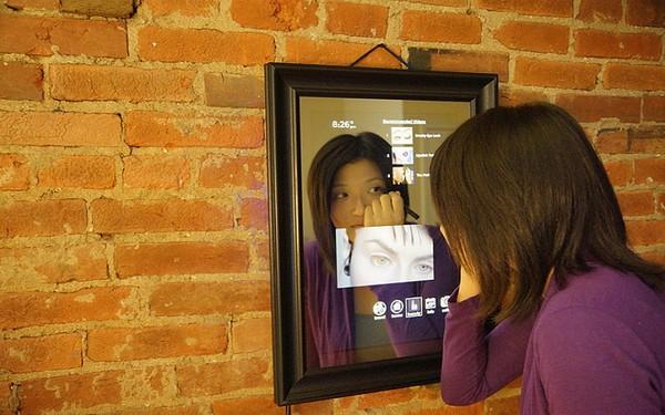 Больше, чем отражение: смарт-зеркало Perseus Mirrors