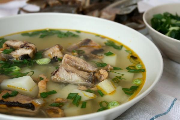 Суп из консервированной сайры: вкусные и полезные рецепты