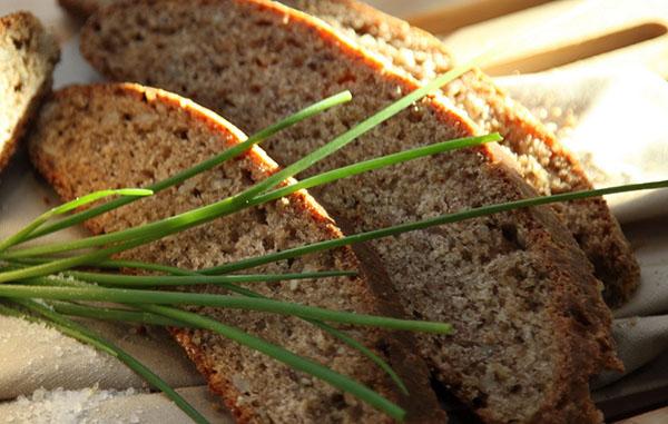 Рецепт вкусного и полезного хлеба с гречневыми хлопьями