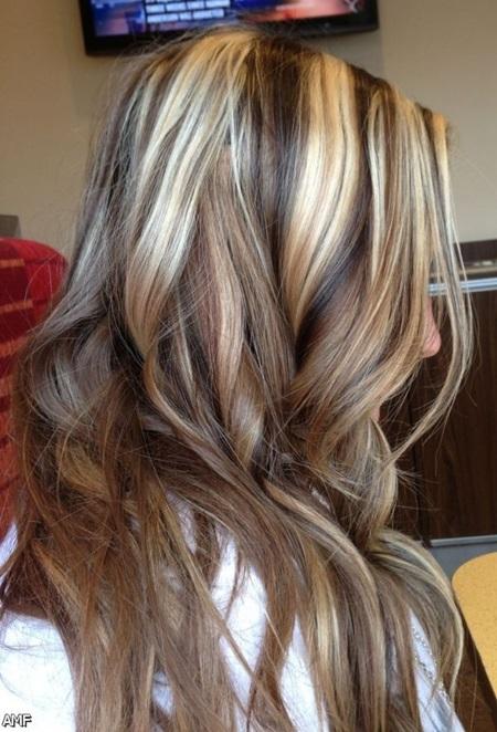 Как сделать мелирование на темные волосы в домашних условиях