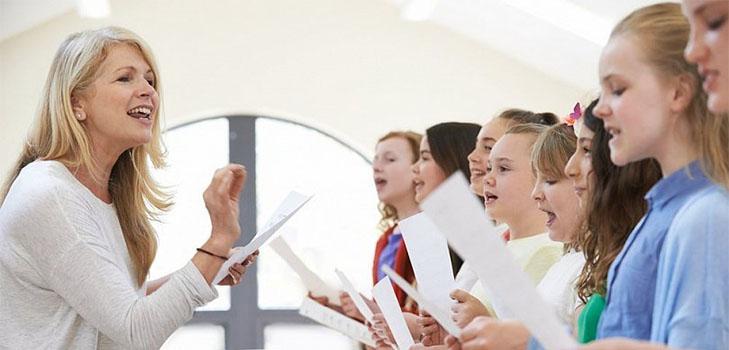 Веселые современные песни про учителей и школу