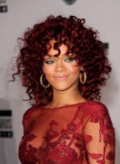 Последний тренд - горячие, красные оттенки в волосах