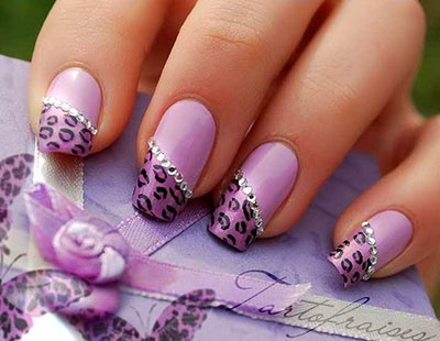 Этой зимой акутальными остаются нежные пастельные оттенки не только в одежде, но и на ногтях