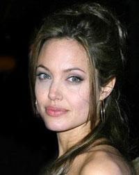 Грушевидное лицо: Анджелина Джоли