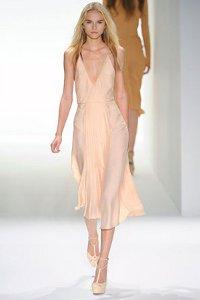 Модные платья весна 2012