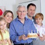 Что подарить дедушке