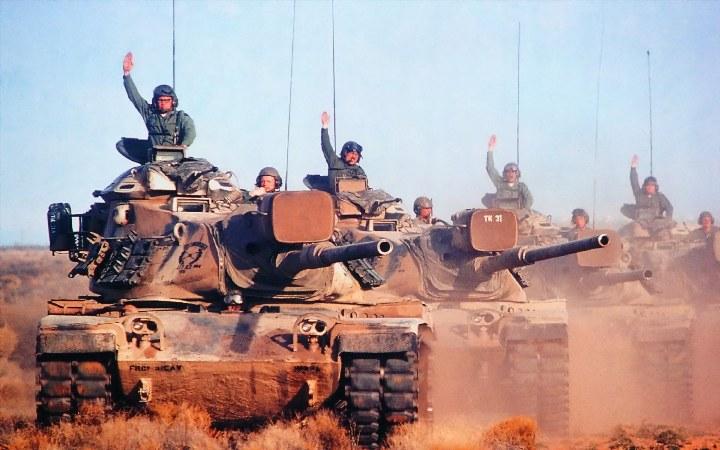 военные на танках