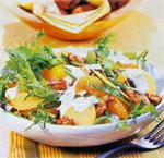 Картофельный салат с мандаринами и орехами