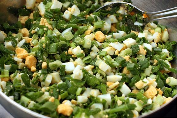 начинка из зеленого лука и яиц