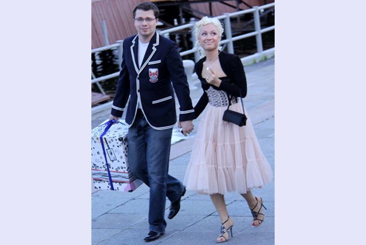 Бывшая жена Гарика Харламова отсудила у него кругленькую сумму