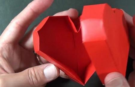 Видео как сделать коробочку сердечко из бумаги 996