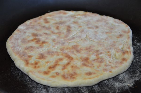 Лепешки с сыром и зеленью, пошаговый рецепт с фото