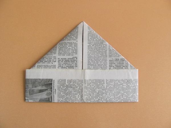 pilotka-iz-bumagi-svoimi-rukami-15 Как сделать пилотку 🤡 из бумаги своими руками