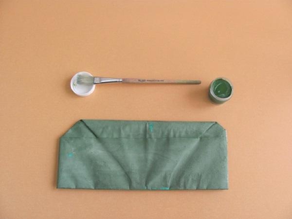 pilotka-iz-bumagi-svoimi-rukami-18 Как сделать пилотку 🤡 из бумаги своими руками