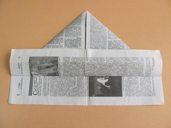 pilotka-iz-bumagi-svoimi-rukami-8 Как сделать пилотку 🤡 из бумаги своими руками