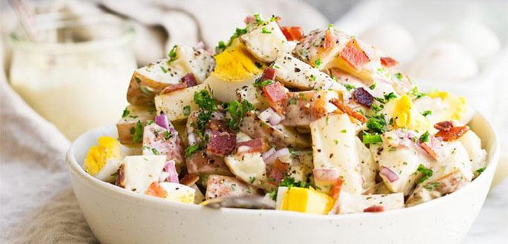 Предлагаем вам вкусные и проверенные новогодние салаты салат «яркое новогоднее настроение».