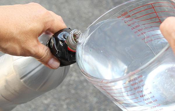 kak-sdelat-raketu-svoimi-rukami-28 Как сделать ракету своими руками из бумаги, картона, фольги, бутылки, спичек – схемы и модели. Как делать космическую ракету, которая летает — пошаговый мастер-класс