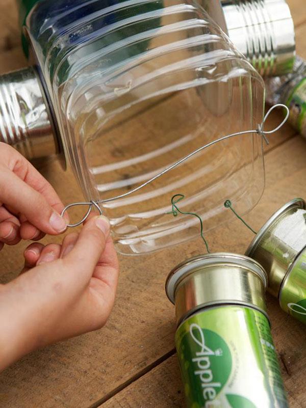 Pequena из пластиковой бутылки samambaia