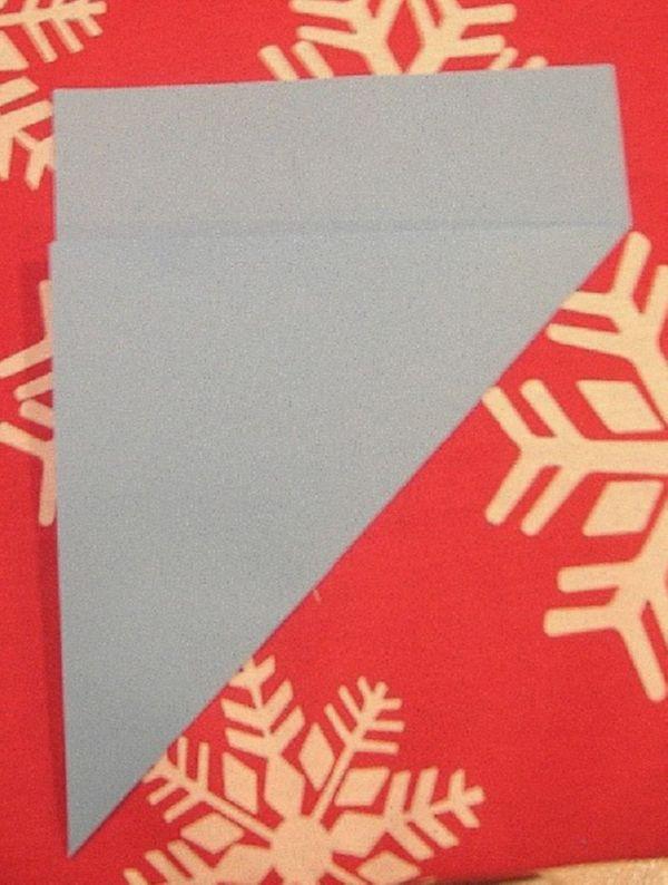 sneghinki-svoimi-rukami-11 Снежинки своими руками из бумаги: 100 схем вырезания снежинки из бумаги