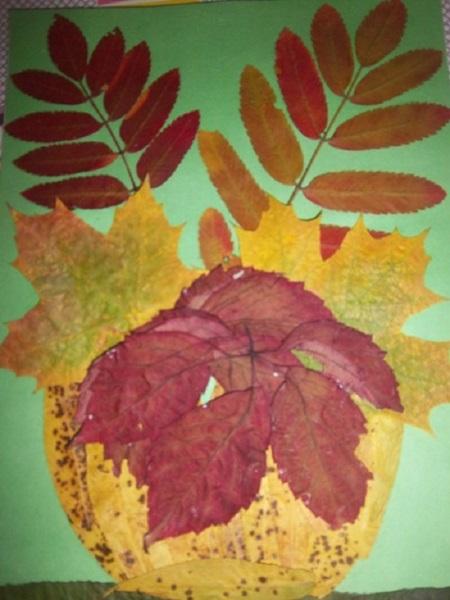 kartinki-iz-listev-cvetov-4 Картины из листьев и цветов своими руками для детского сада и школы