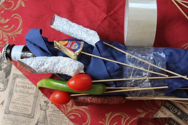 buket-dlya-muzhchin-svoimi-rukami-iz-piva-9 Как сделать пивной букет своими руками, пошагово. Букет пивной для мужчин фото, в кружке, в коробке, на 23 февраля