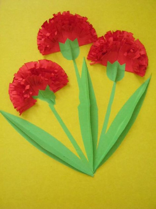 Гвоздики из цветной бумаги открытку