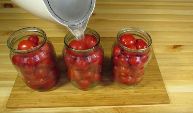 Сладкие помидоры на зиму в литровой и 3-литровой банке: самые вкусные рецепты. Плюс супер-рецепт сладкой засолки помидоров - такого вы еще не ели!